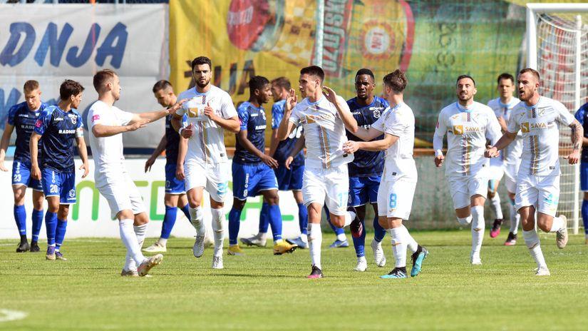 Rijeka produžila ugovor s tri stožerna igrača, a dovodi i Luku Menala